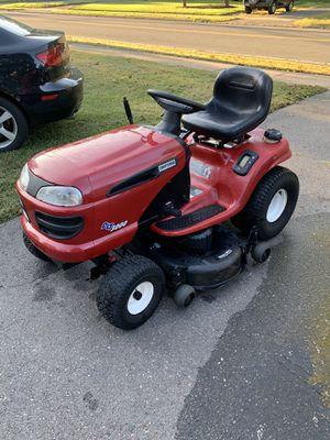 Craftsman Tractor DLT3000 18.5HP 42in Cut for Sale in Glastonbury, CT