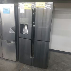 SAMSUNG 36inch wide Refrigerator Counter depth for Sale in Chino Hills, CA