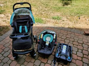 Graco Verb Click Connect Travel System (Snug Ride 30 Car Seat and Stroller) for Sale in Overland Park, KS