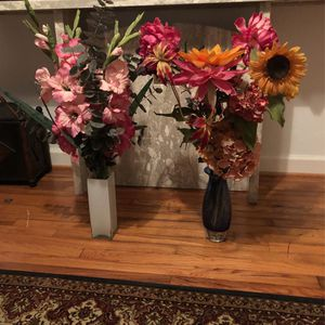 Fake Flowers With Vase. Beautiful Bouquets for Sale in Houston, TX
