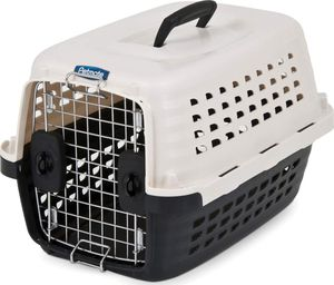 Pet mate small cat or dog carrier/ kennel with cushion for Sale in Bridgeville, PA