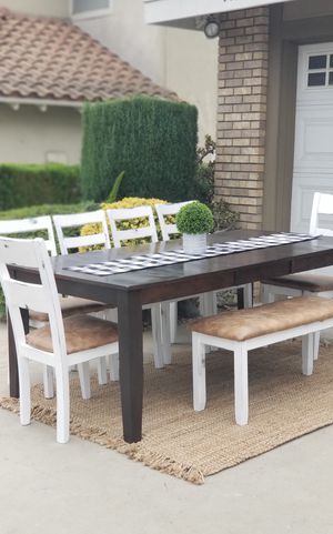 9 PIECES DINING SET/TABLE W 18IN EXTENSION W 6 CHAIRS AND BENCH for Sale in Chino Hills, CA