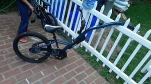 Bike trailer for Sale in Aspen Hill, MD