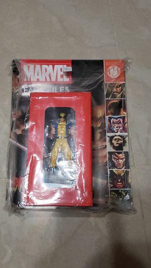 "Wolverine Marvel Fact files ""statue & comic"" for Sale in Miami, FL"
