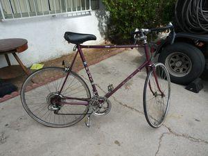 Fuji sport 10 vintage road bike for Sale in Las Vegas, NV