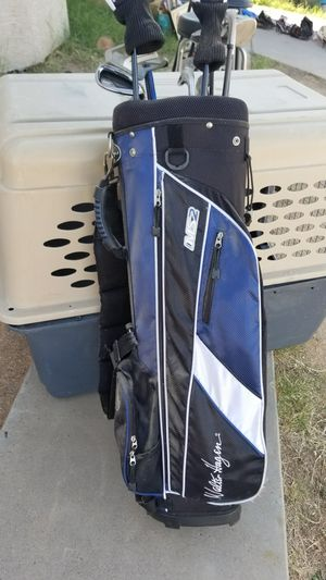 Golf clubs and bag for Sale in Phoenix, AZ