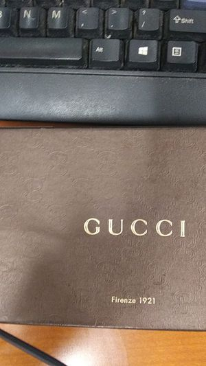 Authentic womens gucci carrisma long wallet for Sale in Piedmont, CA