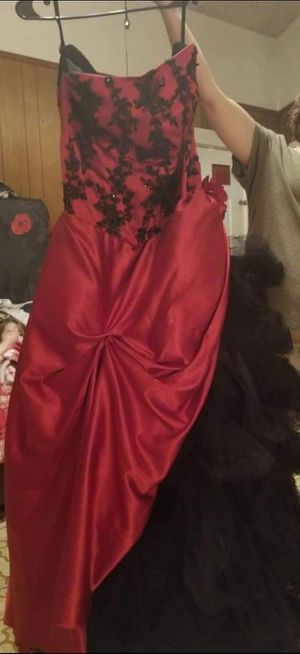 Black and Red prom or wedding dress for Sale in Belton, SC