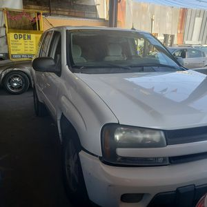 2005 chevy trail blazer for Sale in Vernon, CA