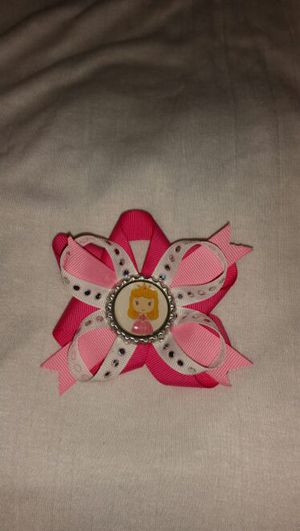 Sleeping beauty hair bow for Sale in Miami, FL