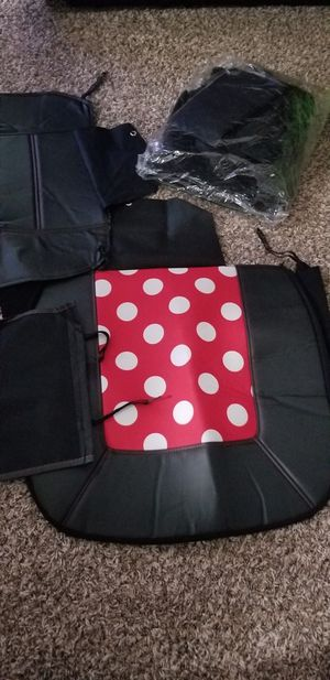 Minnie mouse car seat cover for Sale in Stafford, VA