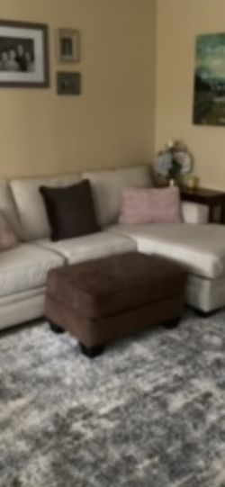 White Sectional Couch for Sale in Aurora,  OR