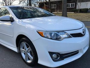 Very Nice 2010 Toyota Camry FWDWheels for Sale in Sioux Falls, SD