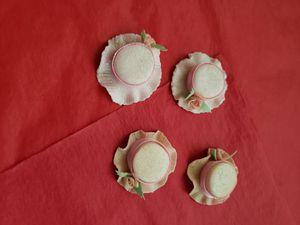 Sombreritos de acrilico para recuerdos de Quinceanera o baby shower for Sale in Riverside, CA