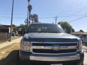 2007 Chevrolet Silverado 1500 LS Pickup 4D 6 1/2 ft for Sale in Salinas, CA