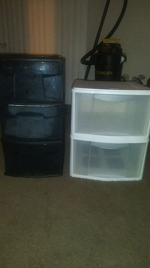 Sterilite storage containers with drawers for Sale in Chino Hills, CA