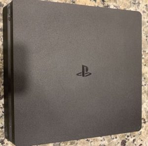 Ps4 Slim 1 tb GREAT LIKE NEW CONDITION for Sale in Sugar Land, TX