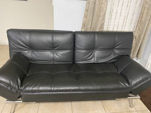 Leather Futon for Sale in Tamarac, FL