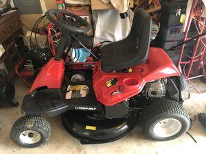 Troy-Bilt TB30R 10.5-HP Manual/Gear 30-in Riding Lawn Mower Mulching Capable for Sale in Arlington, TX
