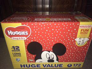 Huggies Value Box of diapers Size 4 for Sale in Fairburn, GA
