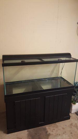 75 gallon aquarium fish tank for Sale in Deltona, FL