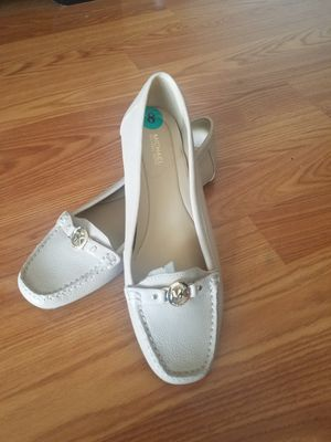 Michael Kors women shoes size 8 for Sale in MERRIONETT PK, IL