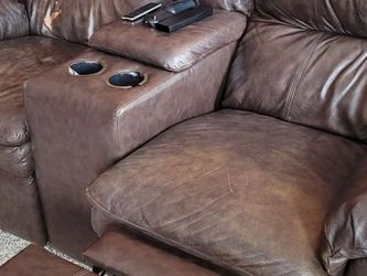 Sofa And Love Seat for Sale in Brunswick,  OH