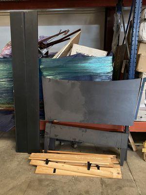 Single wooden Bed Frame for Sale in Jacksonville, FL