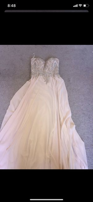 Prom dress for Sale in San Jacinto, CA