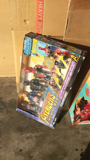 Disney Dolls + Marvel Avengers action figures for Sale in San Diego, CA