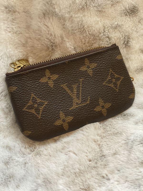 EUC Authentic Louis Vuitton Key Cles
