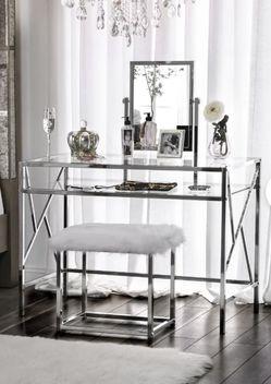 Chrome Vanity Set for Sale in Los Angeles,  CA