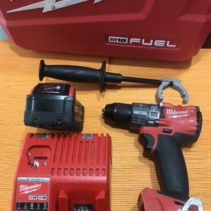 Milwaukee M18 Fuel 18-Volt Lithium-Ion Brushless Cordless 1/2 in. Hammer Drill Driver Kit with ONE 5.0 Ah Batteries and Hard Case for Sale in Bloomington, CA