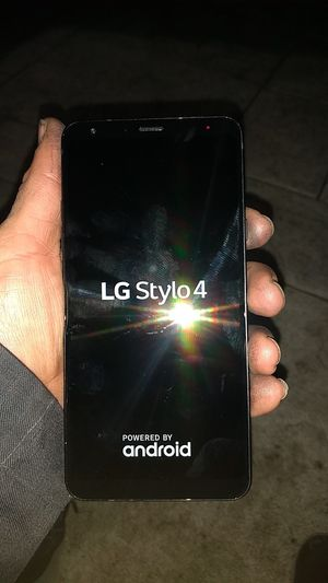 LG Stylo™ 4 with 32GB Memory Cell Phone **BOOST MOBILE for Sale in Riverside, CA