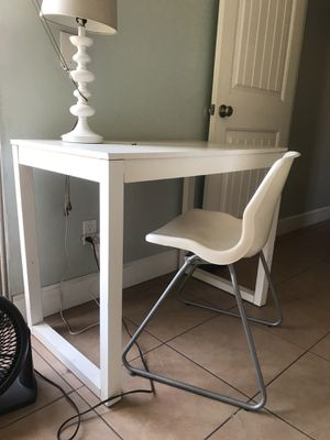 IKEA desk, chair & lamp set for Sale in San Diego, CA