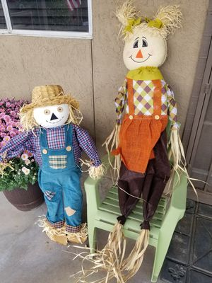 2 Scarecrows for Sale in Guadalupe, AZ