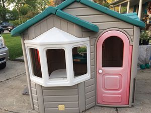 Step 2 playhouse Hilliard for Sale in Columbus, OH