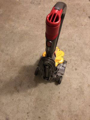 Vacuum Dyson for Sale in Marietta, GA