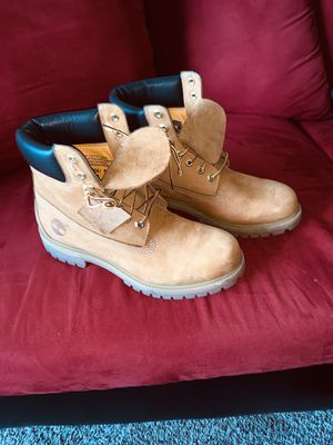 Timberland boots sz 8.5 for Sale in Houston, TX