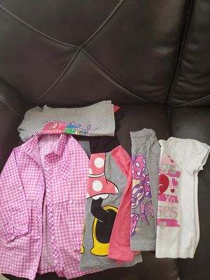 Blouses size 3t for Sale in Bell Gardens, CA