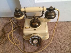 Vintage telephone for Sale in Tampa, FL