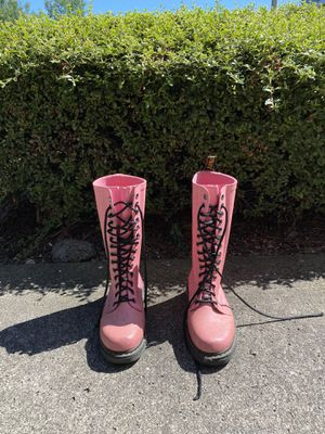 Pink Lace Up Rain Boot Doc Marten for Sale in Vancouver, WA