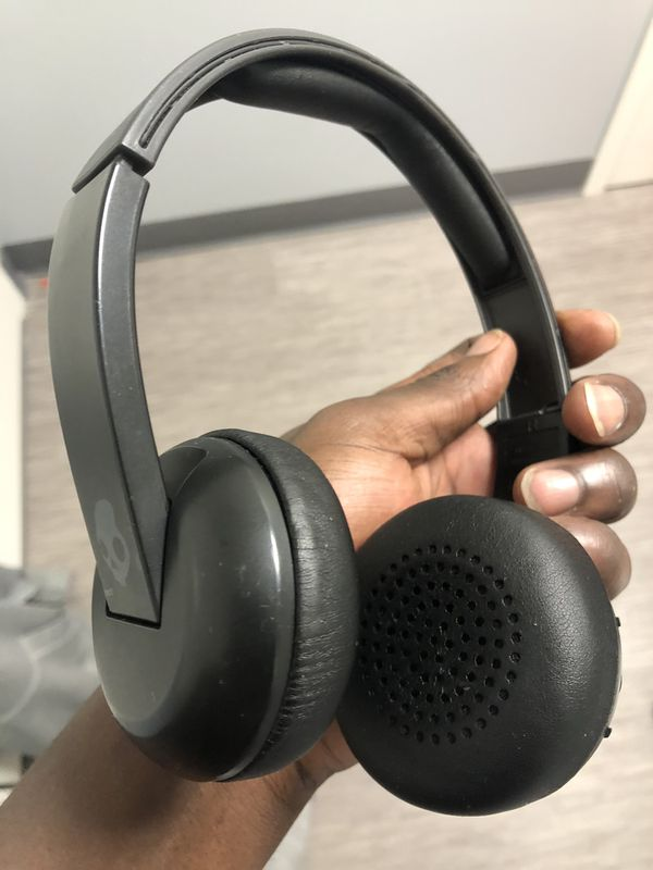 Skull Candy Bluetooth Headphones