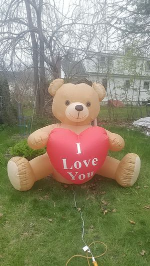 6 ft I love you teddy bear airblown inflatable for Sale in Woburn, MA