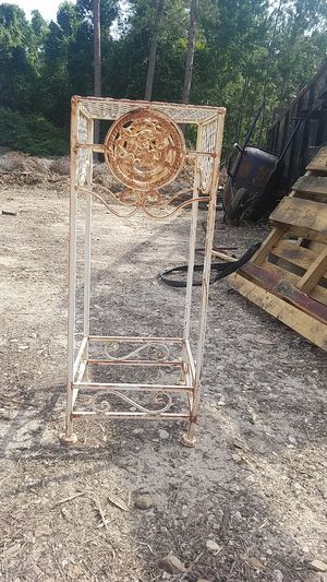 $7 metal stand/ can be used to set plants pot on your garden or you can give it any other use. for Sale in Conroe, TX