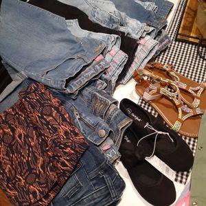 Girls Clothes Size 10 for Sale in San Bernardino, CA
