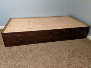 Nice Wood Twin Bed with the Frame/3 Drawers for Sale in Los Alamitos, CA