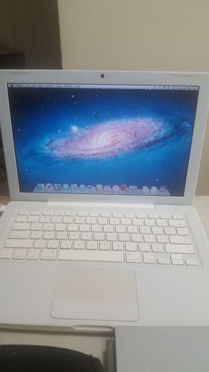 MacBook 13 inches for Sale in Chula Vista, CA