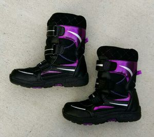 Khombu kids children's 2M snow walker boots black/pink/purple for Sale in San Mateo, CA