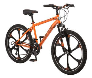 Mongoose Mountain Bike for Sale in Pawtucket, RI